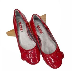 ecco Bouillon Buckle Red Patent Leather Flats 38